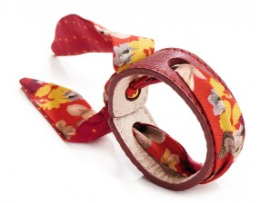Leather Bracelet  + Twill silk flowers