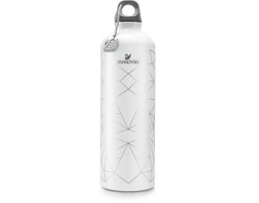 Water bottle with charm